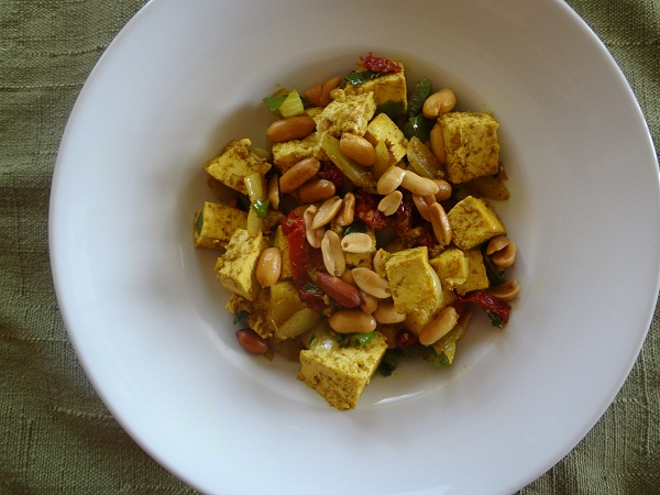 Curry Peanut Tofu with Green Onions and Sun Dried Tomatoes